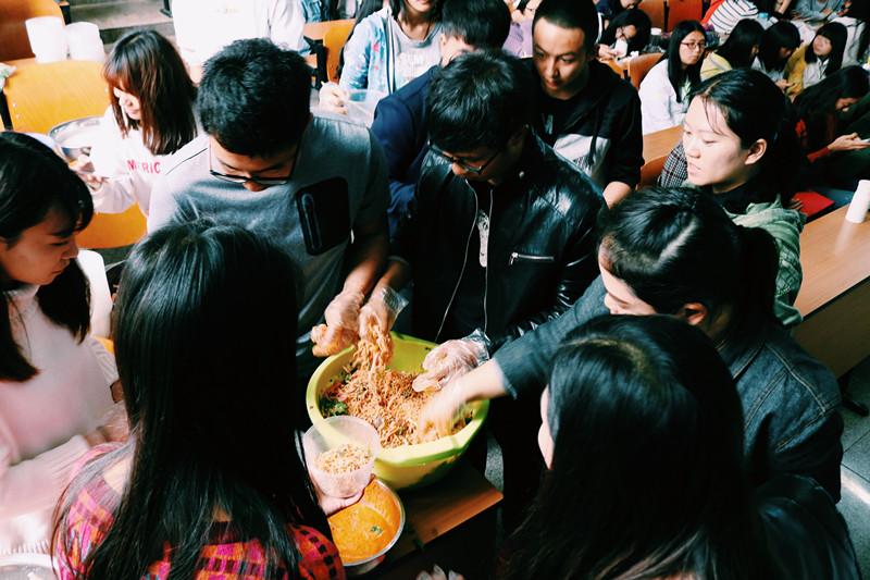 中泰合作交流的前景展望·泰国美食品尝